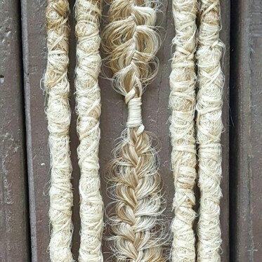 Beautiful ombre accent dreadlocks & braid 💗