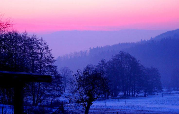 Sonnenaufgang Schwarzwald    Aufgenommen mit Nikon D50 66mm F5 1/3 Sec.     Von Christoph Buck    Lizenz: Alle Bilder unterliegen dem Urheberrecht der jeweiligen Sender. All pictures © by the senders.