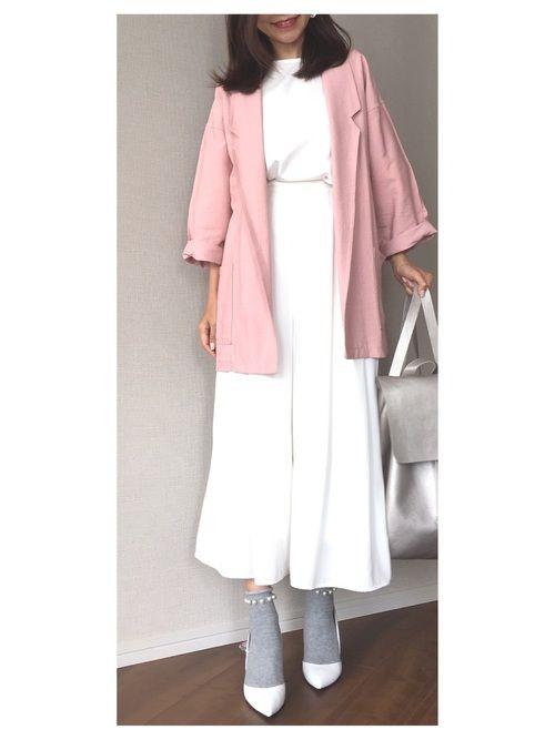 【Coordinate】 ホワイトでまとめて、ピンクとグレーをプラス♡ ママになっても白い服が大好き