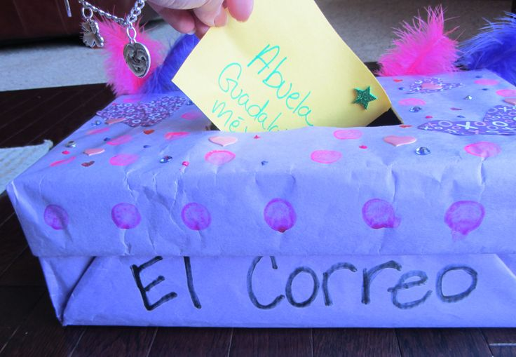 El #correo: Post office #activity for kids learning #Spanish.