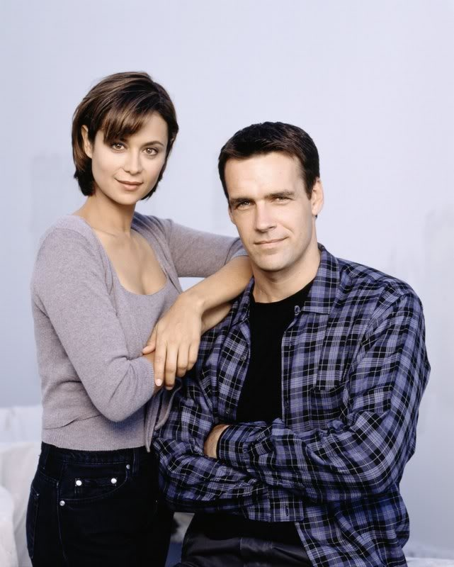 Governor (David James Elliott) and first lady (Catherine Bell) of Enclave 19.