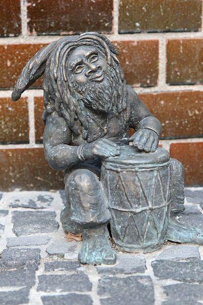 File:Krasnale tolerancji (Tolerance Dwarves) Wroclaw dwarf 03.JPG