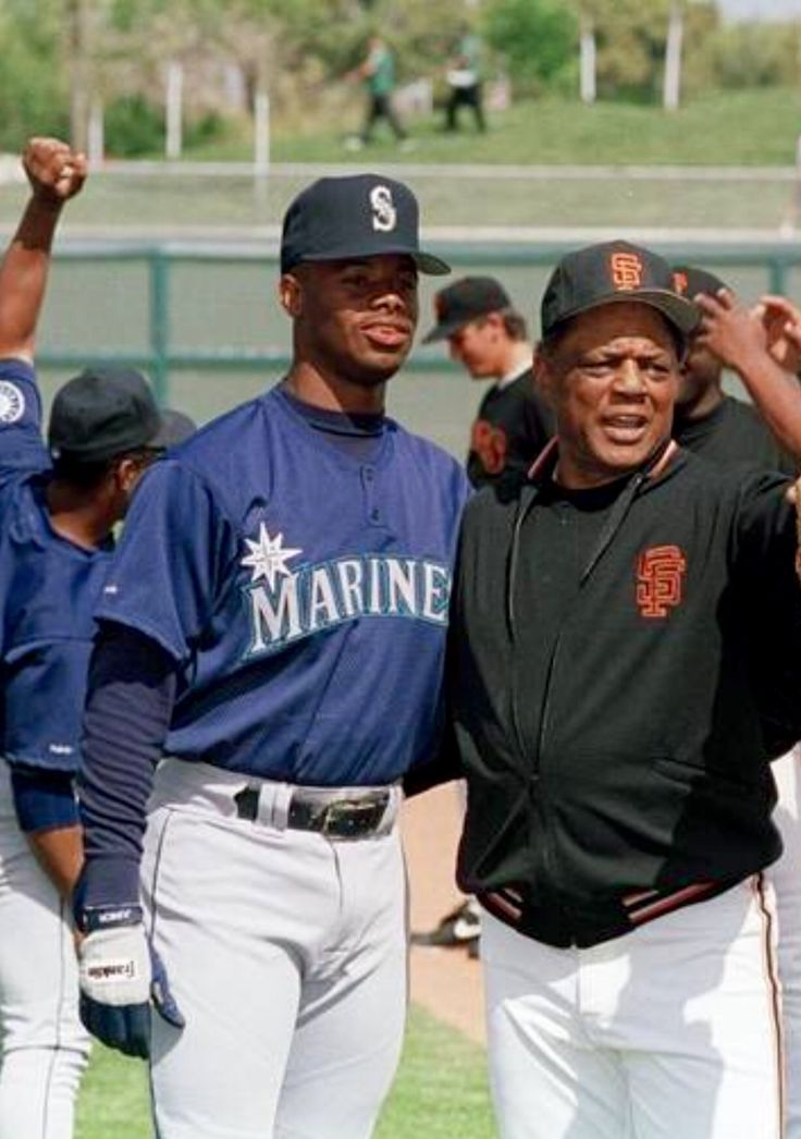 Ken Griffey Jr & Willie Mays