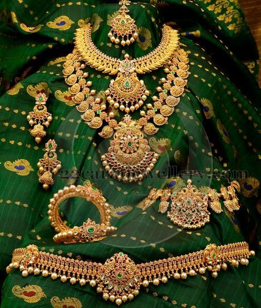 Jewellery Designs: Antique Bridal jewellery Collection