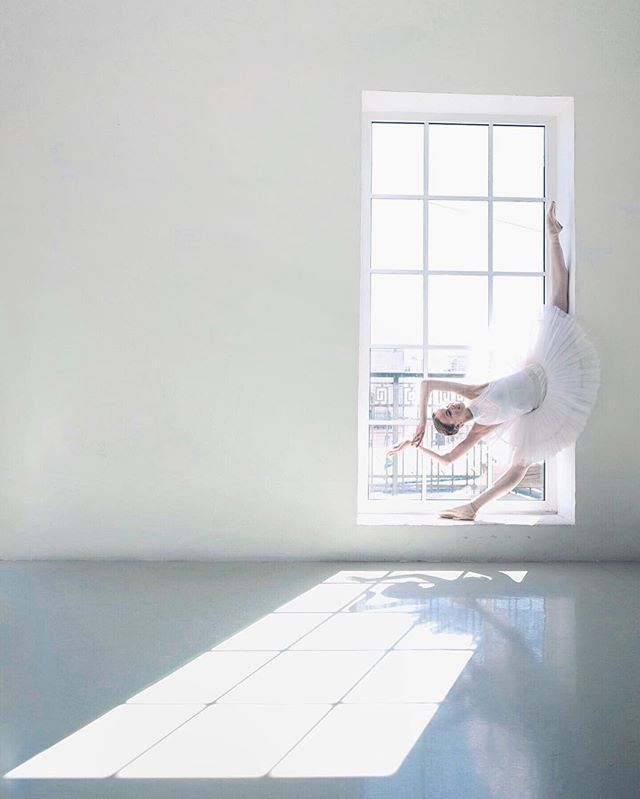 Good morning ☁️ Ballet shooting special for beautiful @maria_ilyu  imited fine art prints available for purchase www.darianvolkova.com or email me to info@darianvolkova.com