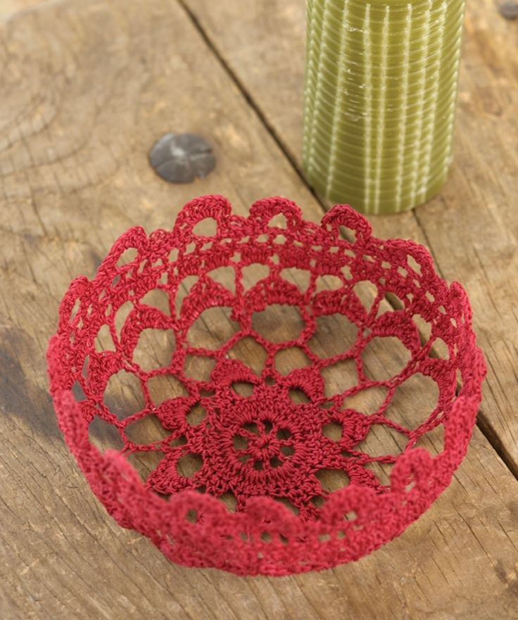 Filigree Bowl   lovely!!  put some cherries in there, it's great!  #redheartyarns #crochet