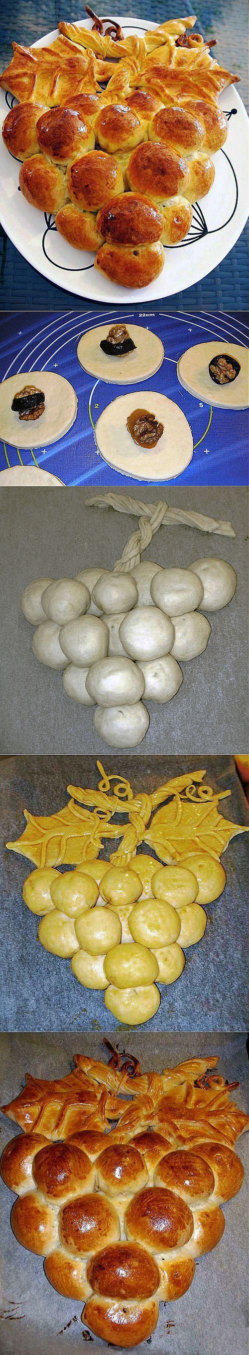 Grape shaped stuffed bread