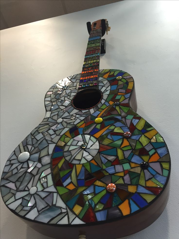 127 best mosaic violins guitars etc images on pinterest for Broken glass art projects