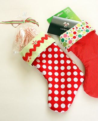 Diary of a Quilter - a quilt blog: Easy Stocking Tutorial... Ridiculously easy!