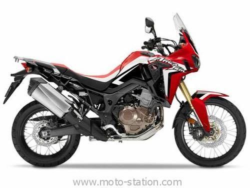 Honda CRF1000L Africa Twin : La fiche technique complète • 998 cm3, bicylindre en ligne • 94 ch. (70 kW) à 7 500 tr/min • Couple : 98 Nm à 6 000 tr/min • Jantes : Aluminium à rayons, Av. 21M/CxMT2.15, Ar. 18M/CxMT4.00  • Pneus : Av. 90/90-R21, Ar. 150/70R18  • Dimensions : L 2 335 mm x l 875 mm x h 1475 mm (DCT : 2 355 x 930 x 1 475 mm), empattement 1 575 mm, hauteur de selle 850 à 870 mm, garde au sol 250 mm, réservoir de 18,8 litres • Poids (ABS/DCT) : 208 kg (212/222) à sec, 228 kg…