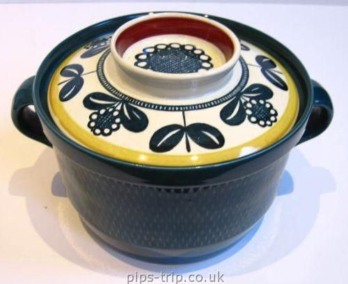 SOLD POTTERY ARCHIVES : Scandinavian Pottery 1 : 1950's/60's Stavangerflint (Norway) 'Kon Tiki' by Inger Waage, Lidded Casserole