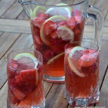 Receitas na Rede - Sangria Rosé de Morango, Framboesa e Limoncello
