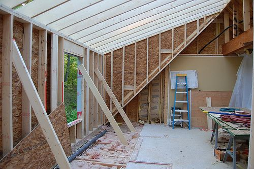 Day 9 - Framing the Dormer | Looking toward our bedroom. Mos… | Flickr