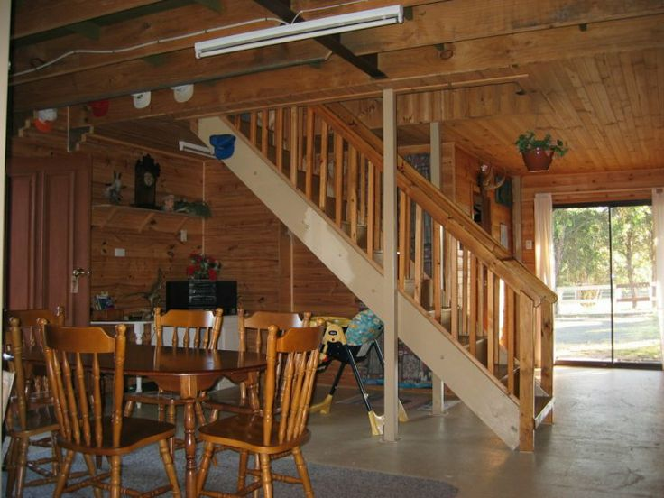 Barn style interior doors barn door hinges and locks for Quaker barn home designs
