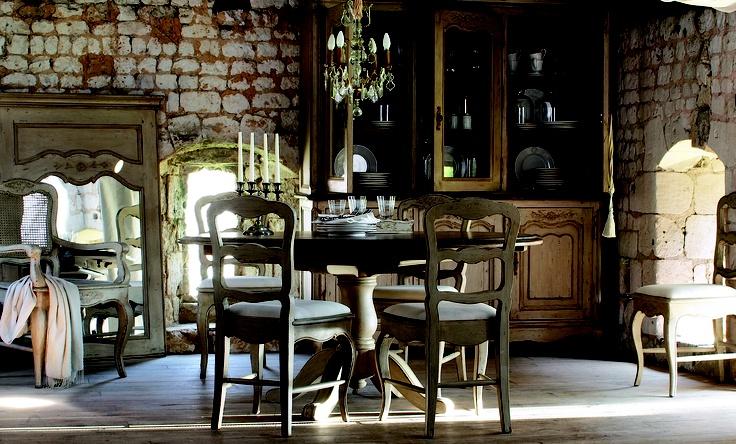 Salle à manger à décorer par la Collection Châteaux & Dépendances - Copyright Interior's France