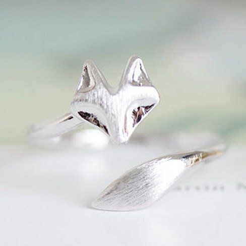 We just think that this fox ring is the cutest thing. What's great is that you can wear it as a regular ring or as a knuckle ring.