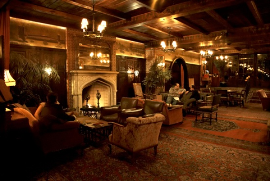 Lobby Bar at the Bowery Hotel | Fireplace bars in New York City @Timothy Eccleston Out New York #TheCityThatNeverSleeps