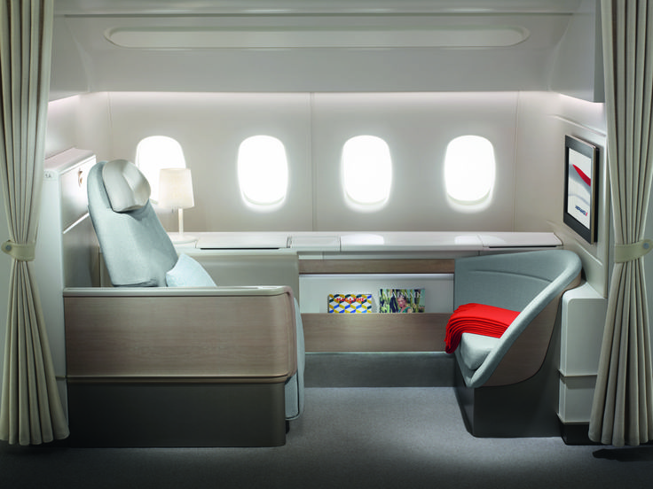 Air France today launched its new first class (La Premiere) cabin, found on its 777-300 fleet, titled 'A Designer Suite'. With only 4 suites available onboard, the airline has decided t…