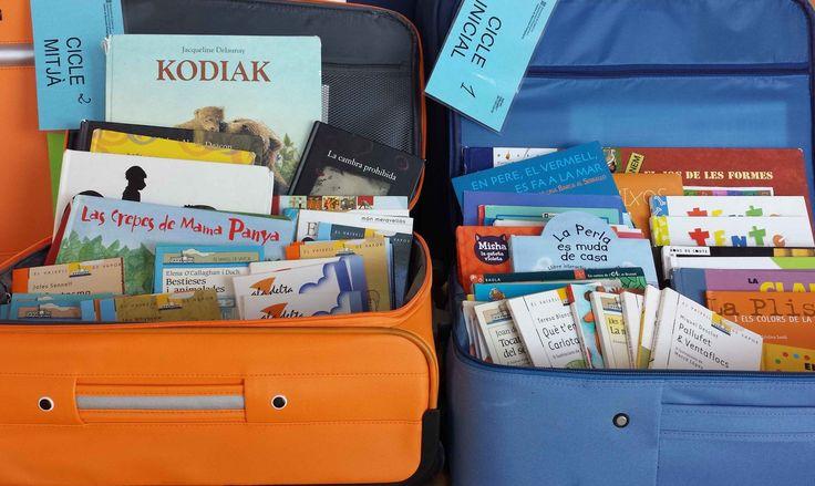 Maletes viatgeres - CRP de l'Alt Camp. Només que els llibres són de fa temps 2000-2005