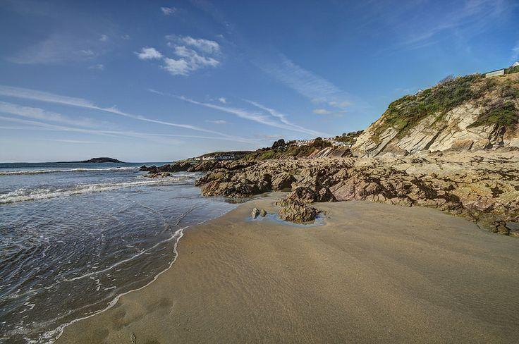 Millendreath Looe at low tide