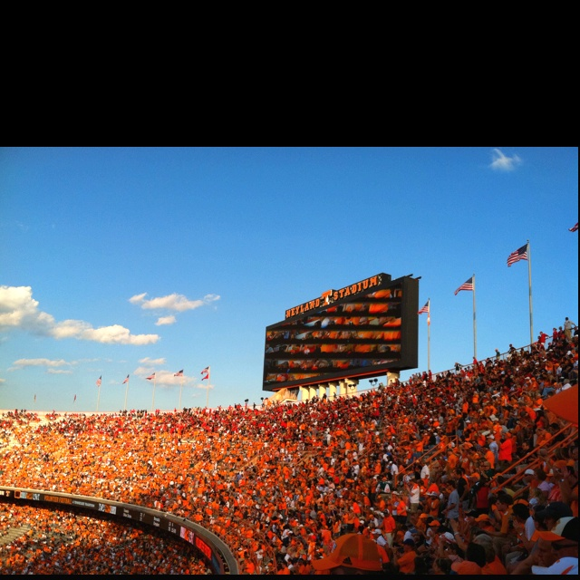 Vols games in Knoxville TN & Neyland Stadium