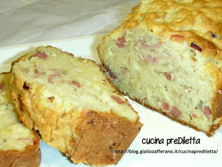 Plum cake salato con cipolla e prosciutto