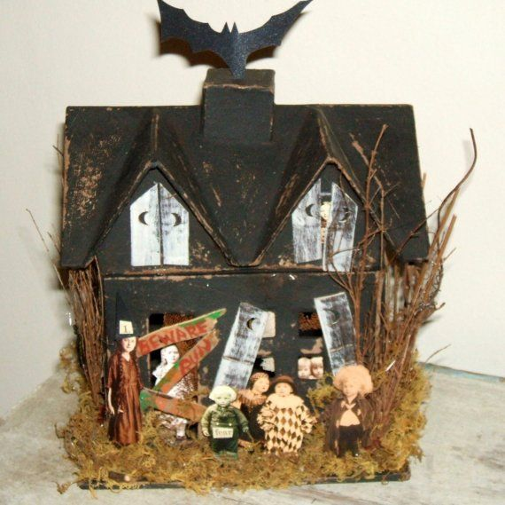 40 best haunted houses images on pinterest halloween house haunted houses and halloween haunted houses - Haunted House Halloween Decorations
