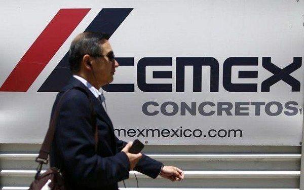 Cemex dispuesto a promover cemento para muro