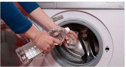 """Addio+al+detersivo!+La+scoperta:+""""Per+panni+perfetti+basta+mettere+nella+lavatrice+un+bicchiere+di+…."""
