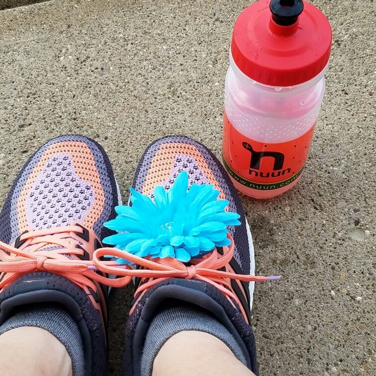 Long run complete. 50° with 100% humidity, in January, in Indiana. Bare legs and Nuun are a must! #UntilTheyAllSurvive #llstnt #tntflex #EnjoyTheJourney #beatyesterday #flowermiles #Nuunlife #NuunAmbassador