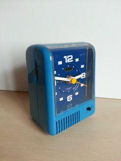 Vintage Impex Clock Blue. Reloj despertador vintage Impex azul.