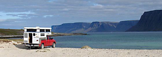 Camper in Island