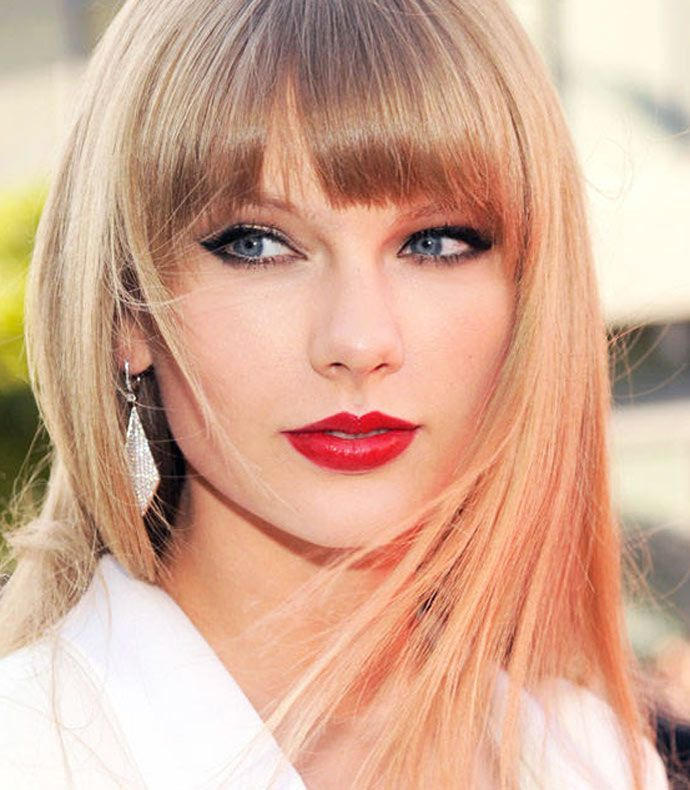 10 maquiagens de Taylor Swift