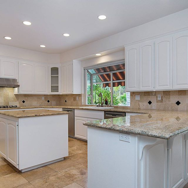 Our RSF listing has a big beautiful kitchen with ample workspace. #ranchosantafelocals #sandiegoconnection #sdlocals #rsflocals - posted by Jim McInerney Real Estate Team  https://www.instagram.com/team_mcinerney. See more post on Rancho Santa Fe at http://ranchosantafelocals.com