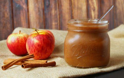 Recette facile de beurre aux pommes à la mijoteuse