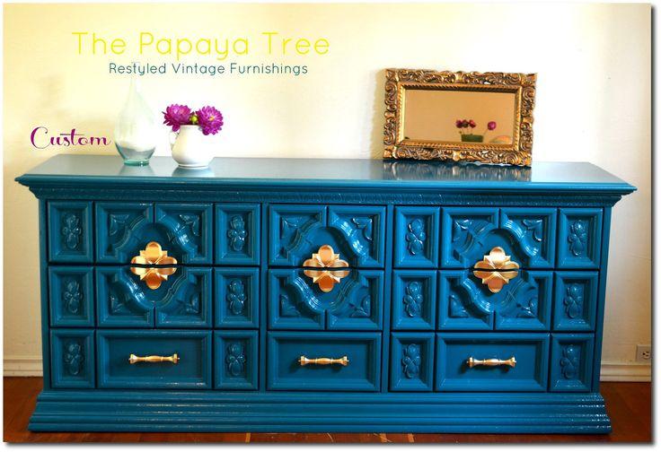 Lesly-Lozanos-painted-furniture-The-Papaya-Tree3.jpg 1,530×1,049 pixels