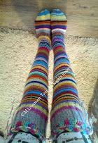 Ylipolven räsymattsukat (jämälankasukat)  Overknee handknitted socs.