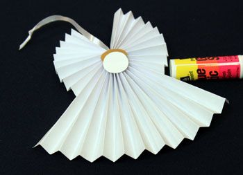 easy accordion folded paper angel ornament use on front of card christmas pinterest angel crafts angel ornaments and paper angel