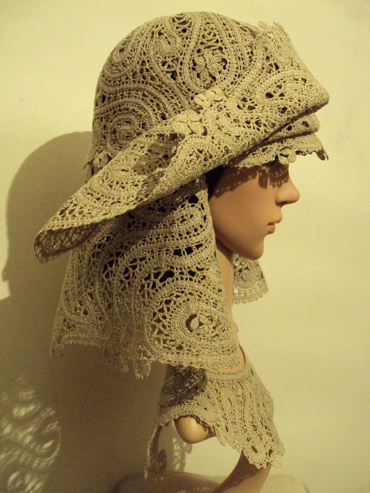 Larisa Tеn. 2 hats Atlanta 2016. Tashkent. Quick coupler the weaving. Linen, Lurex and two small pins.
