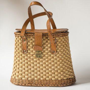 Vintage woven basket wicker straw bag 60s handbag genuine leather trim summer hand bag woven straw handbag