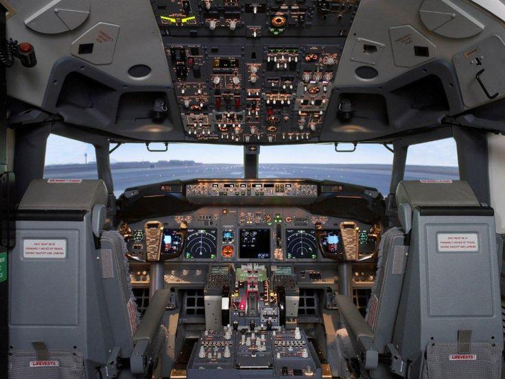 TRU Simulation + Training Supplies 737-800W FFS To India via @aeroaustralia