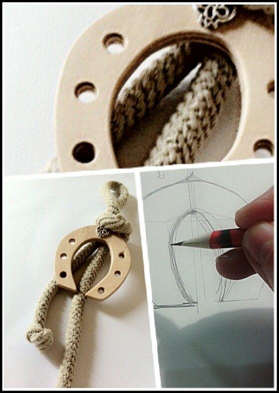 Handmade wooden lucky horseshoe charm design and made by KIKOmania. 10€ Χειροποίητο ξυλινο γούρι.