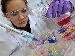 Испытания вакцины против ВИЧ выявили новый путь к успеху