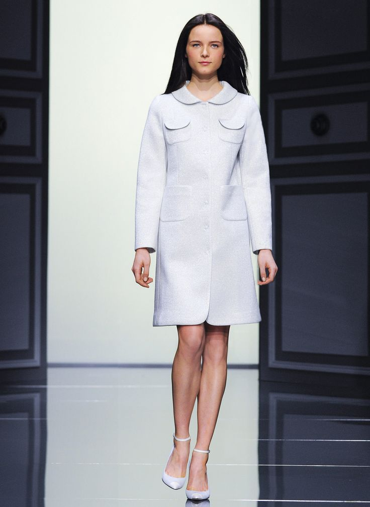 Other nice white coat - Tara Jarmon FW'12-'13