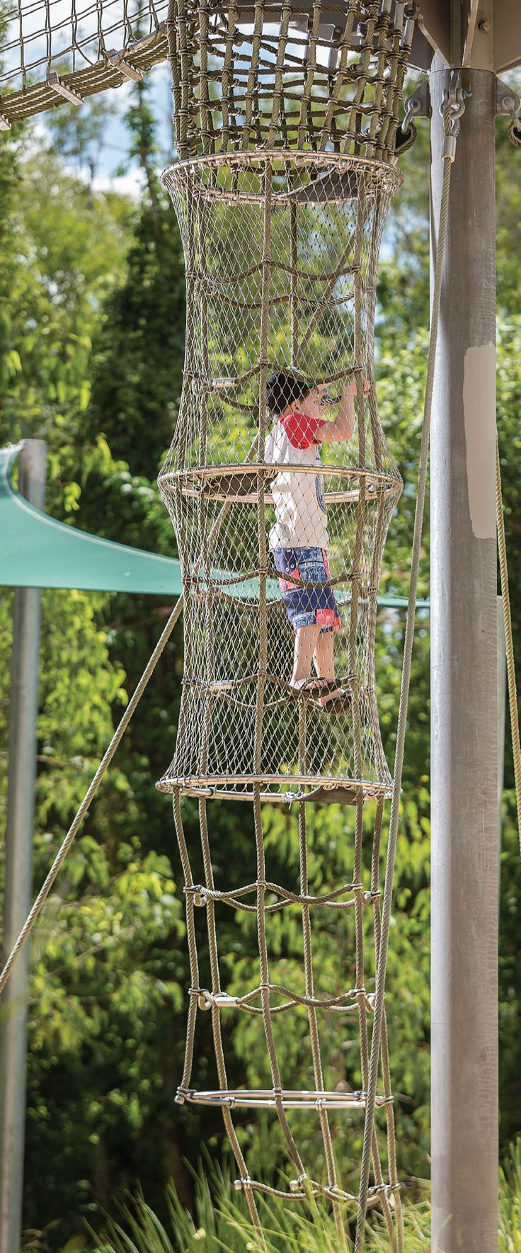 Calamvale District Adventure Park – Fall protection safety mesh by Ronstan Tensile Architecture