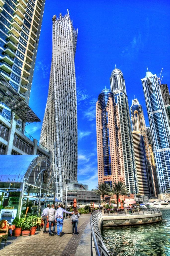 DUBAI MARINA, UAE! It actually twists!
