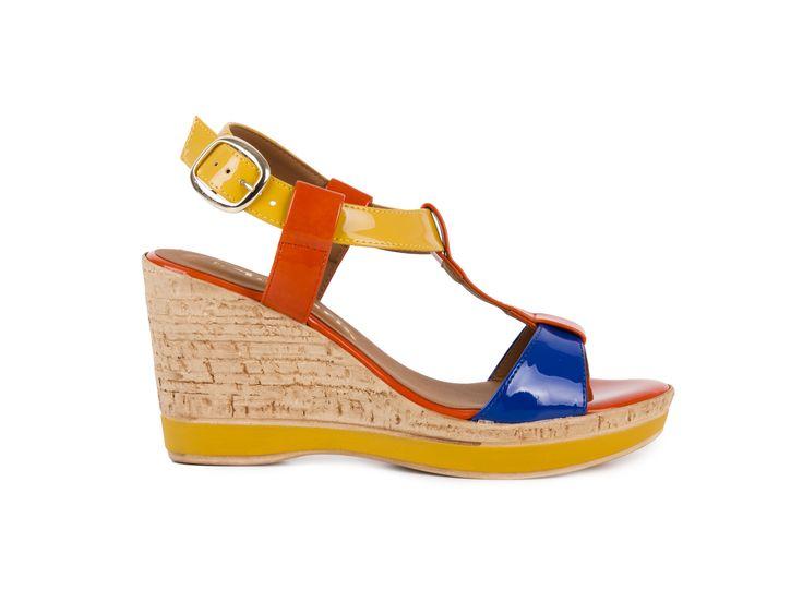Tamaris Lakované sandály na platformě a na klínku 1-28085-20 / mnohobarevná
