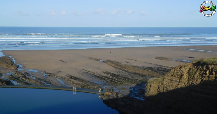 What a great day in Bude! The sun's out and the surf is 4ft and pumping!!!! Winds are light and offshore (north easterly) this morning swinging slightly cross-shore in the afternoon but staying relatively light.  Great day for a surf. Check out Widemouth or the town beaches for a fun 4ft wave in the sun!!  Check out the full report, live cams and where to go on our website. https://www.zumajay.co.uk/surf-report