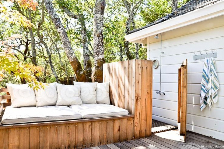 Outdoor shower/Outdoor seatingOutdoor Seating, Outside Shower, Summer Day, Outdoor Living, Shower Outdoor Seats, Outdoor Showers, Outdoor Shower Outdoor, Outdoor Benches, Outdoor Spaces