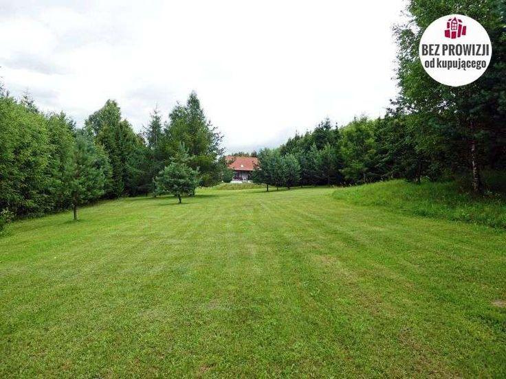Nieruchomość zabudowana domem mieszkalnym, położona nad Jeziorem Lampasz, w odległości ok 2 km od Sorkwit.Nieruchomość, w skład której wchodzi działka gruntu o powierzchni 1,51 hektara, wolno stojący dom mieszkalny, parterowy z użytkowym...